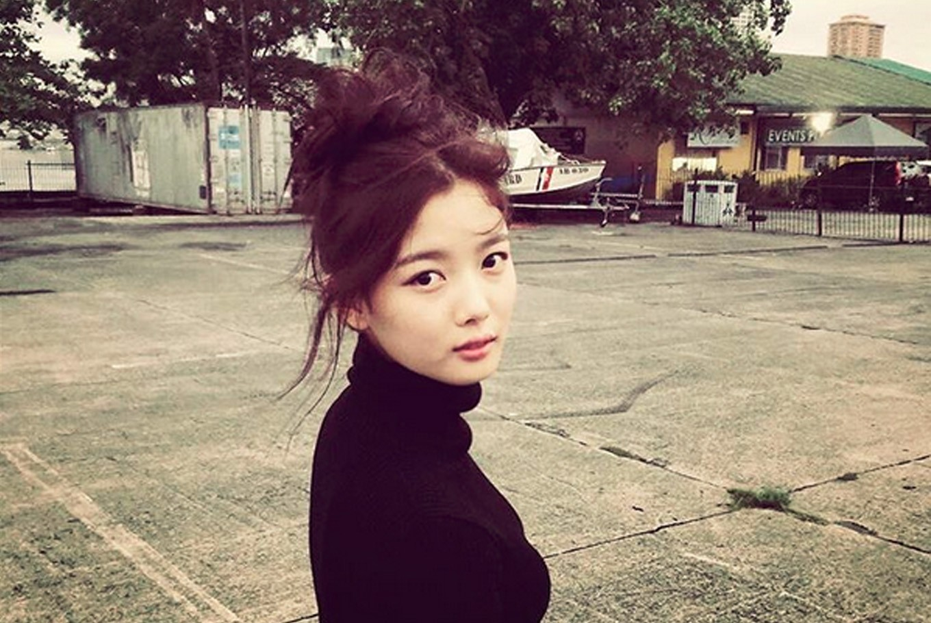 actress kim yoo jung laments bygone teenage years entertainment