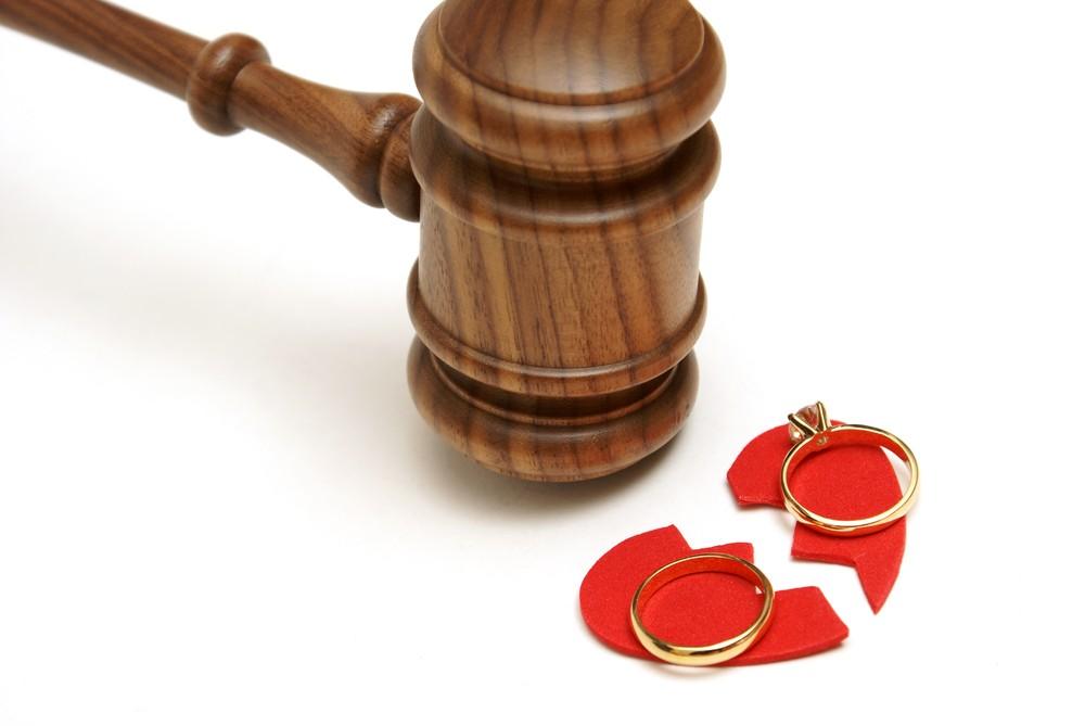 Social media blamed for rising divorce rate in South Tangerang