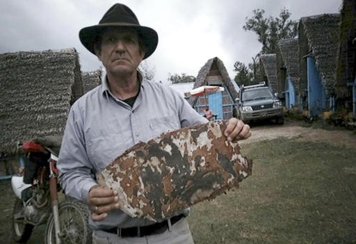 MH370 wreckage hunter won't give up until mystery solved
