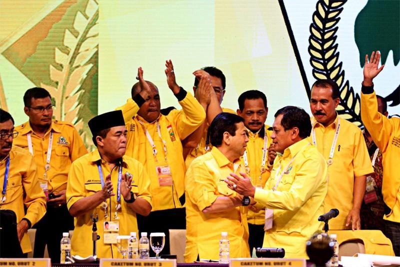 Setya Novanto moves to regain control