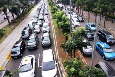 We are working to address traffic congestion: Ahok
