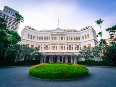 Singapore's Raffles Hotel to close for face lift in late 2017