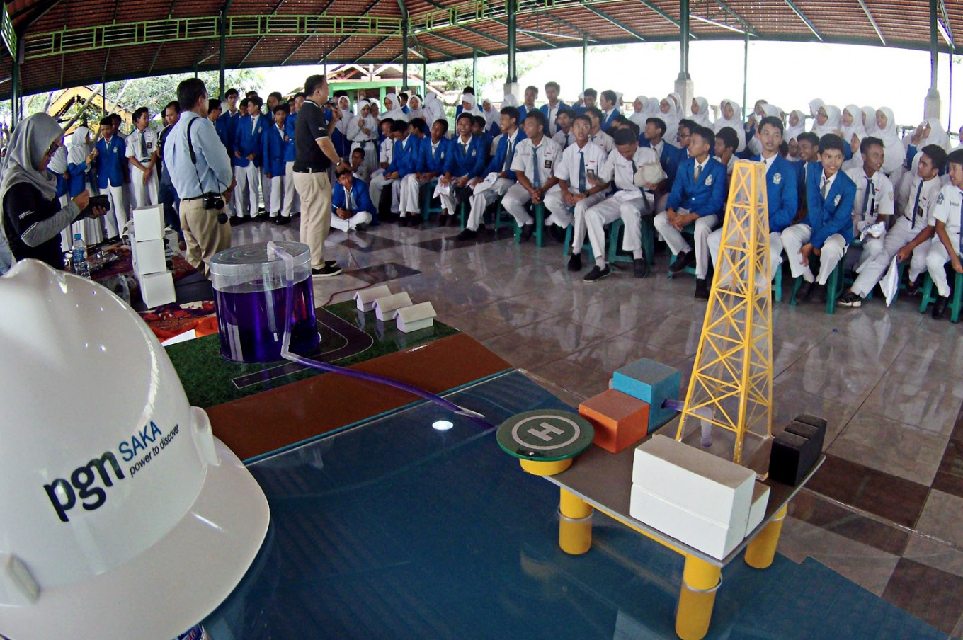 E. Java high schools may soon teach classes on oil, gas industry