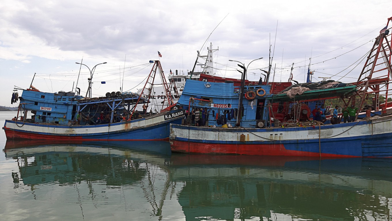 Malaysian-flagged vessels with Indonesian crews captured for alleged illegal fishing