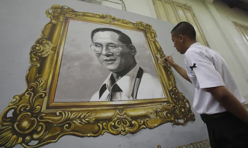 Jokowi flies to Bangkok to pay last respects to King Bhumibol