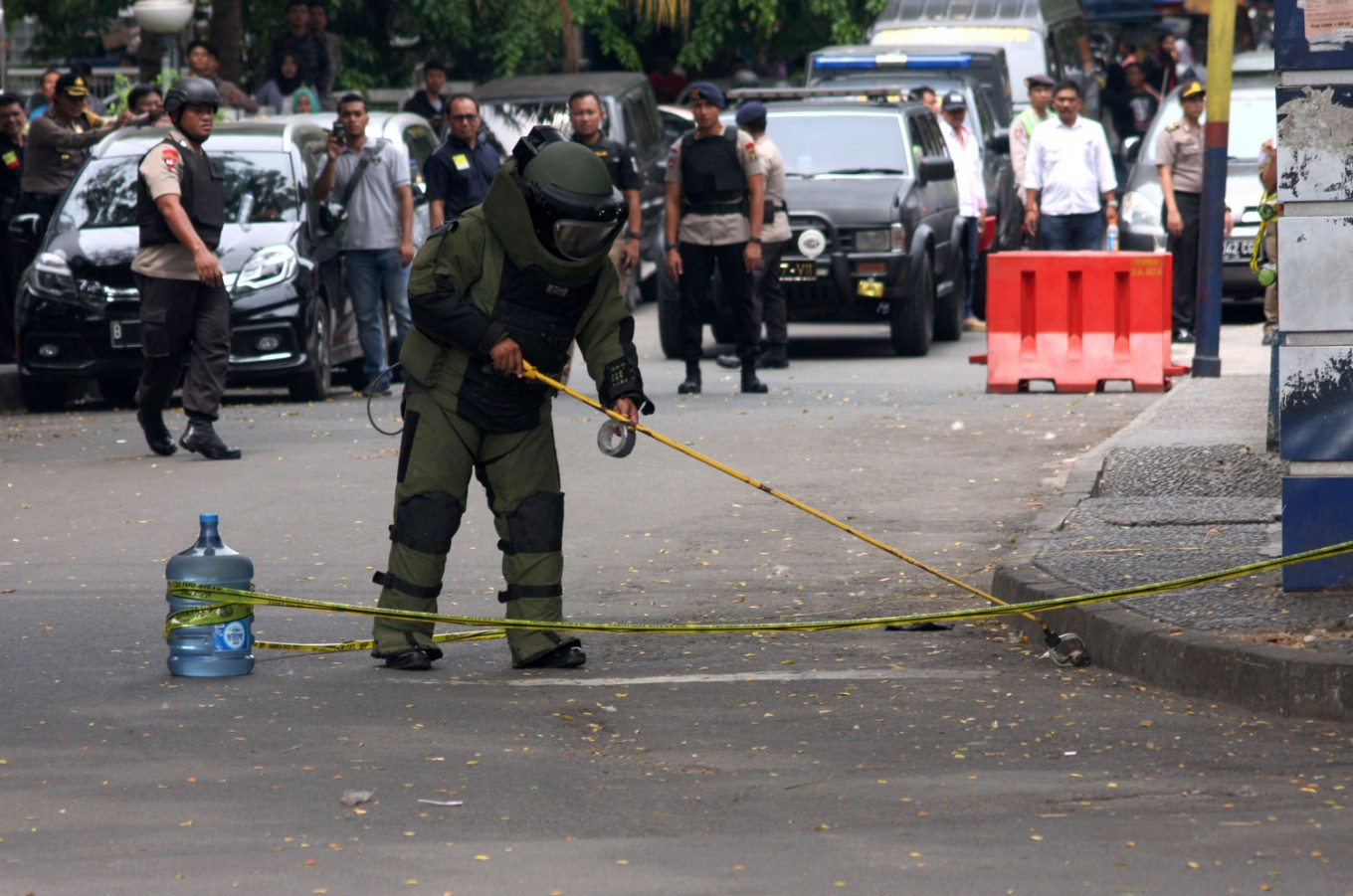 Bomb squad deployed as explosion heard in Jambi