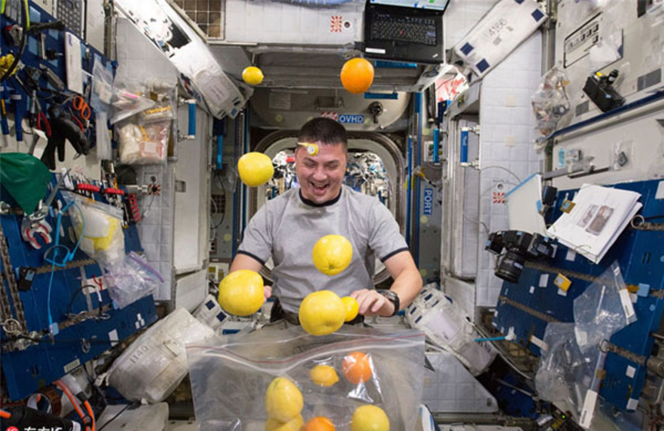 what would astronauts eat in space - photo #3