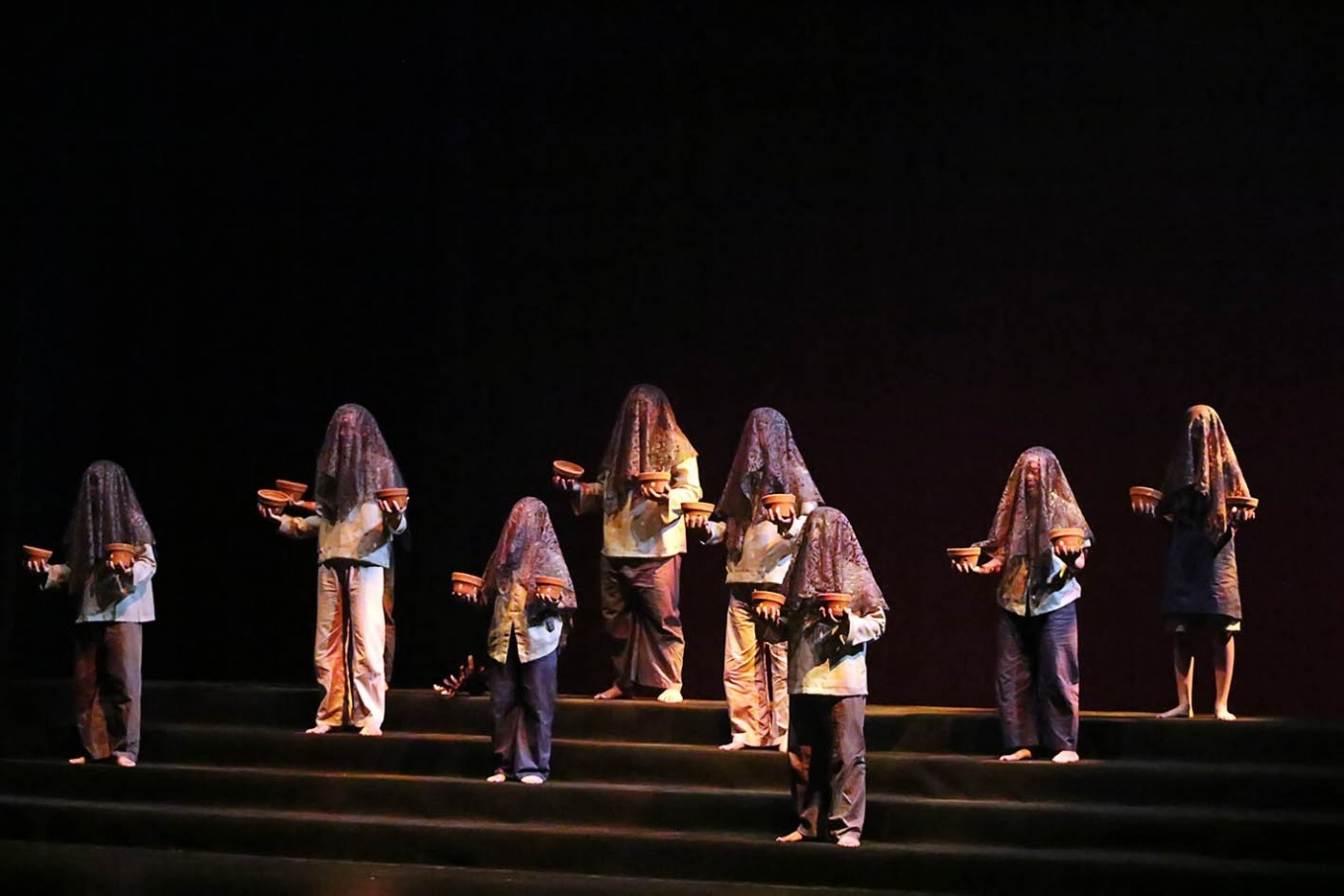 Shakespeare-inspired dance performance presents silence on stage
