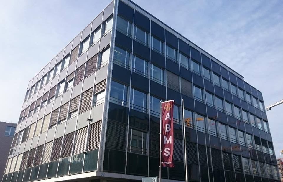 ABMS, the first private independent university in Switzerland to use Education 3.0
