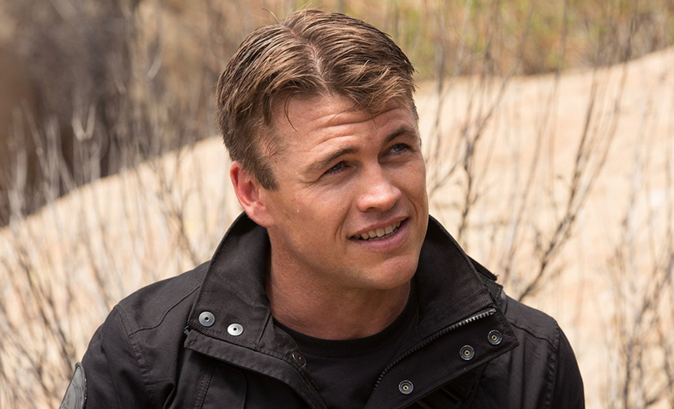 luke hemsworth son
