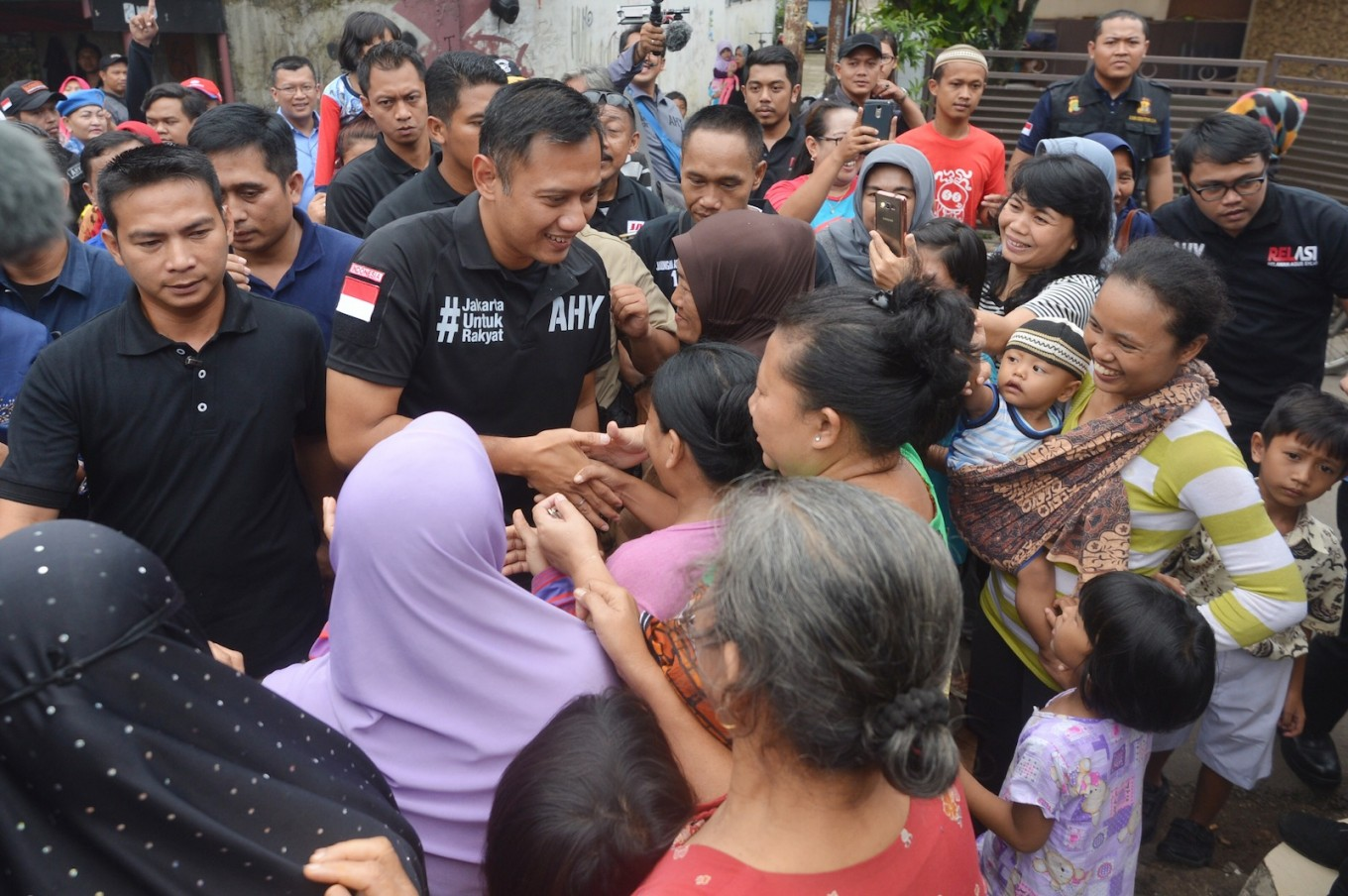 Agus promises more absorption wells to mitigate flooding