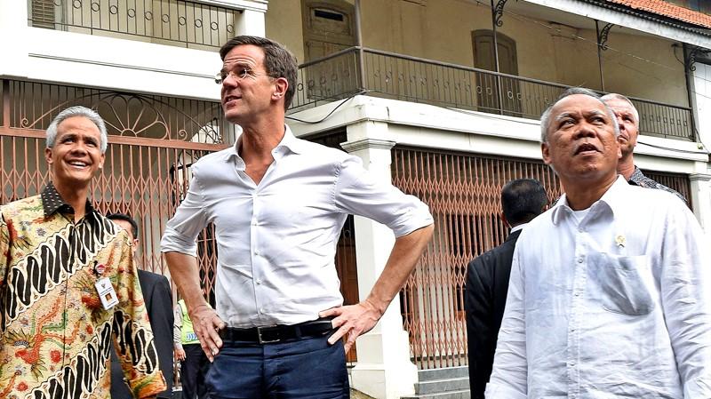 Rutte visits 'Little Netherlands,' pledging more help