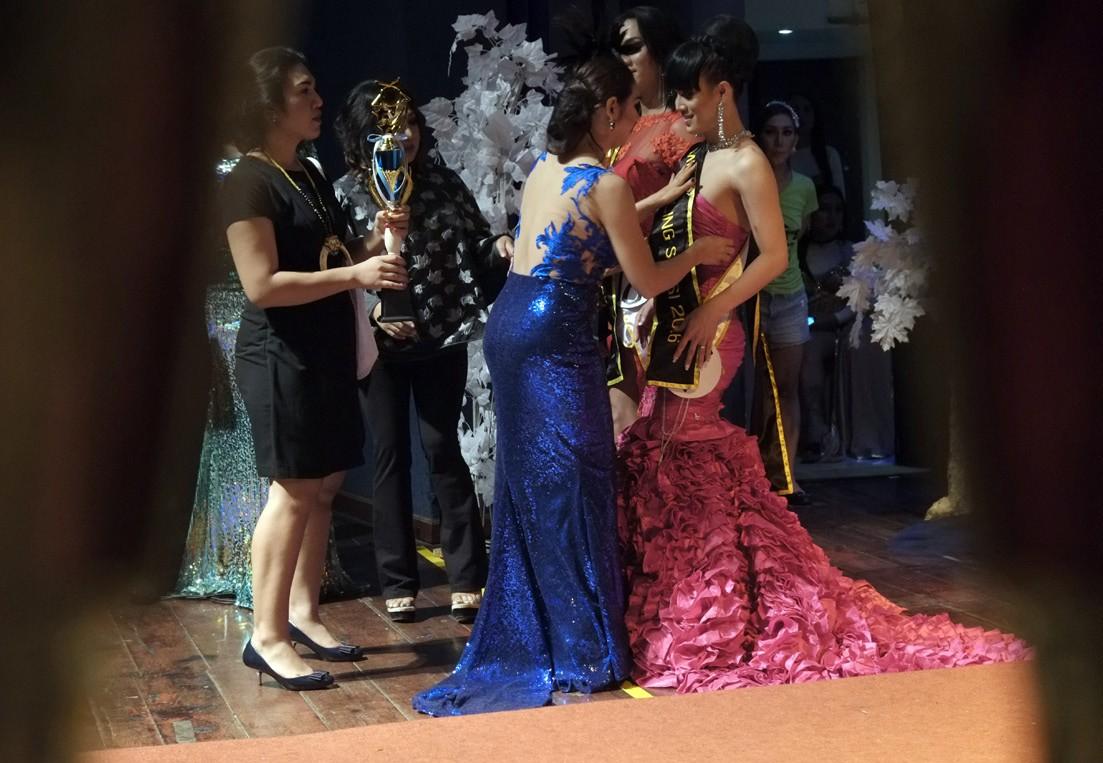 "Prize Winner: The jury announces the winner of the title ""Miss Sexy"". JP/ Jerry Adiguna"