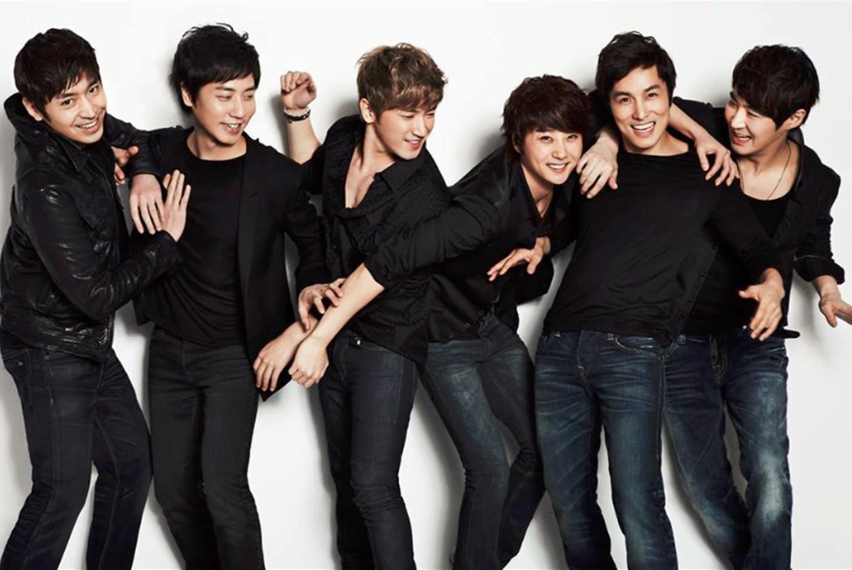 Shinhwa to release vinyl of 18th anniversary concert