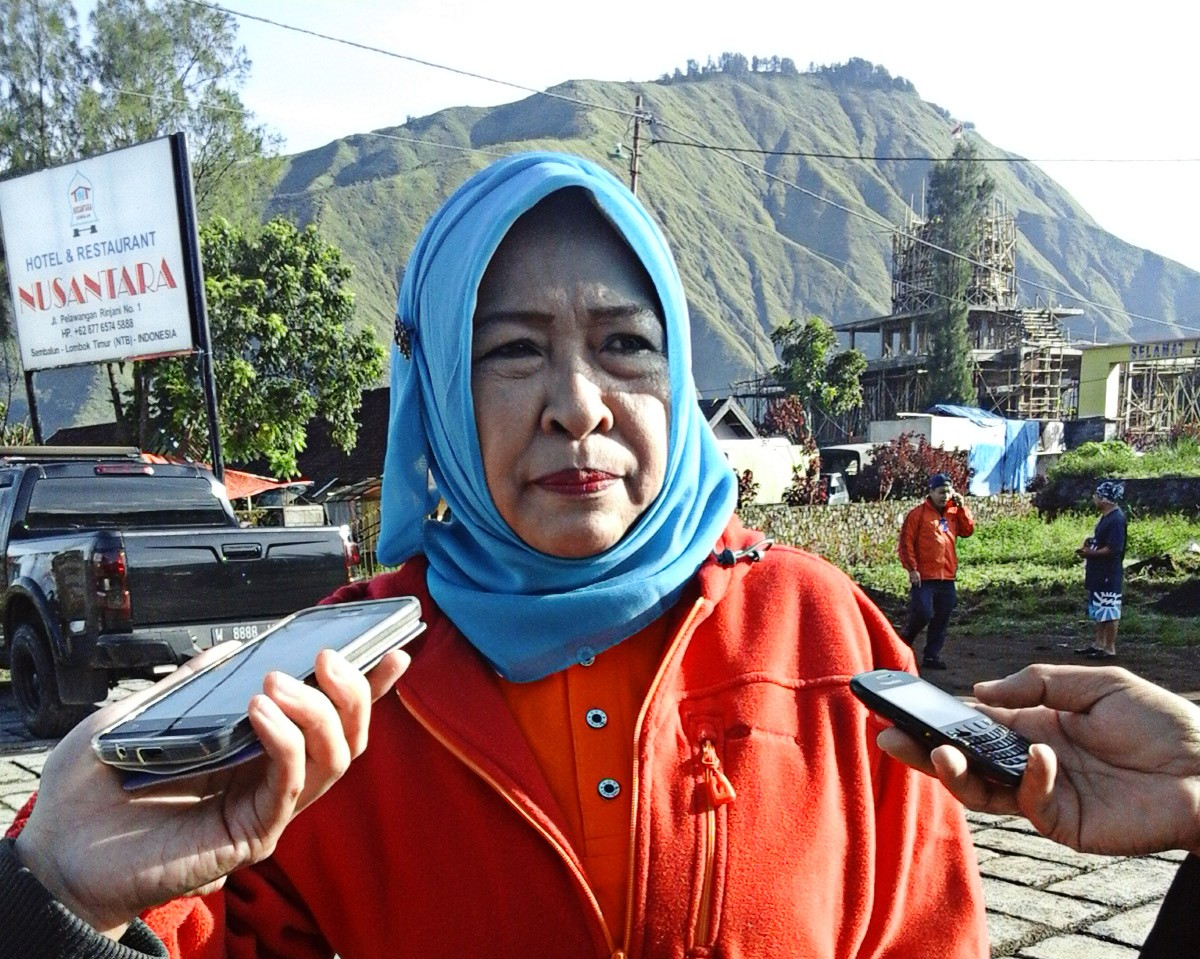 Goal of 1,000 trees along Rinjani trekking routes