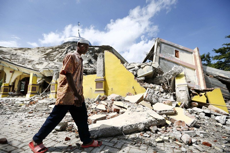 Residents on alert after earthquakes in North Sumatra
