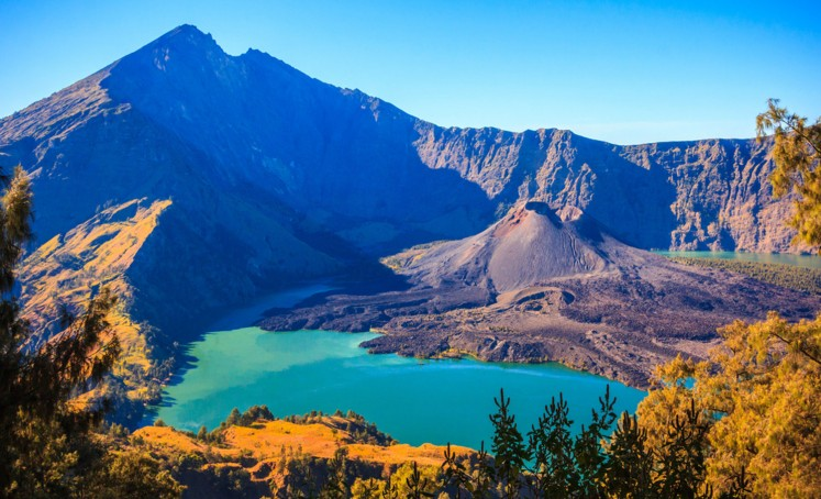 Mt. Rinjani hiking trails closed until end of March