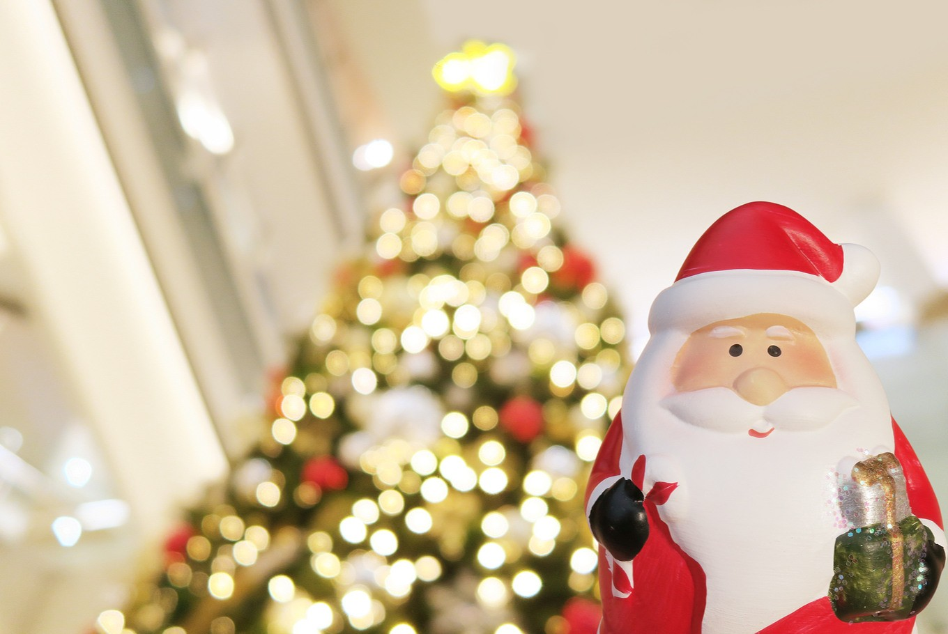 INSIGHT: Politics of Muslim identity over Santa outfits