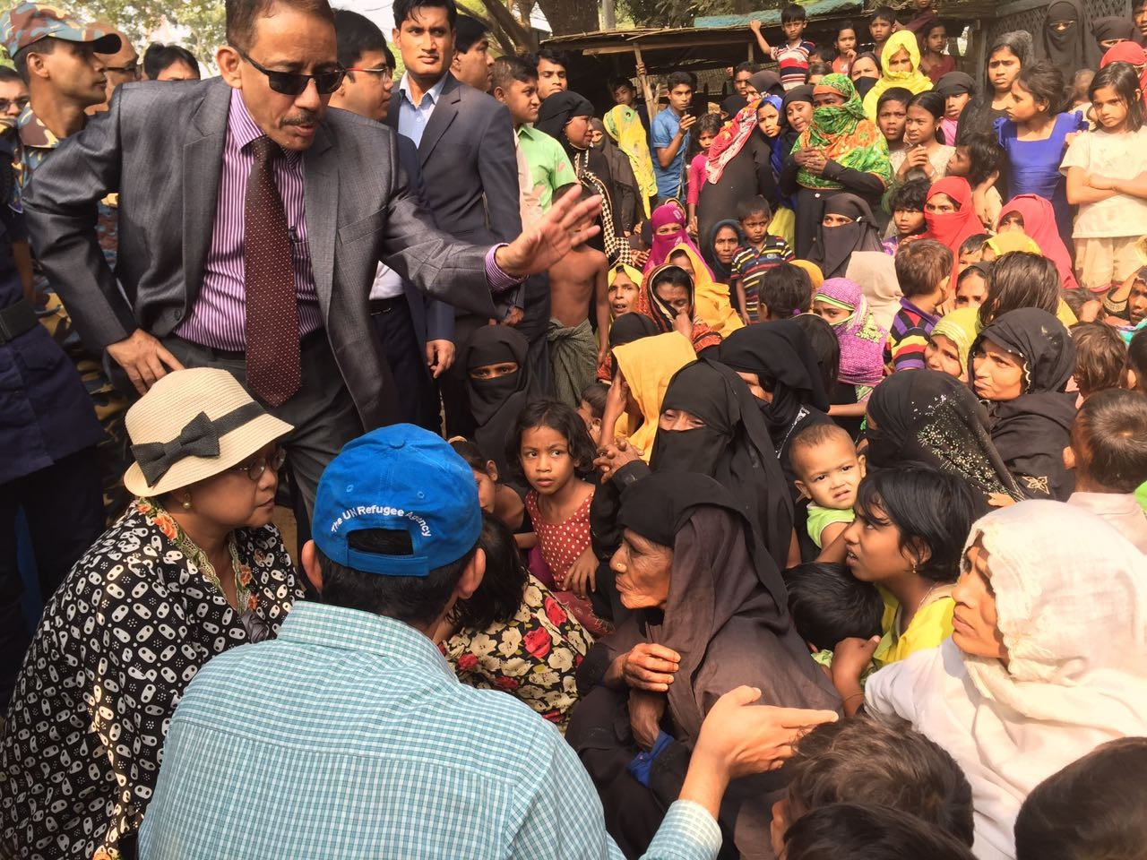 Indonesian FM soaks up Rohingya crisis in Cox's Bazar - SE