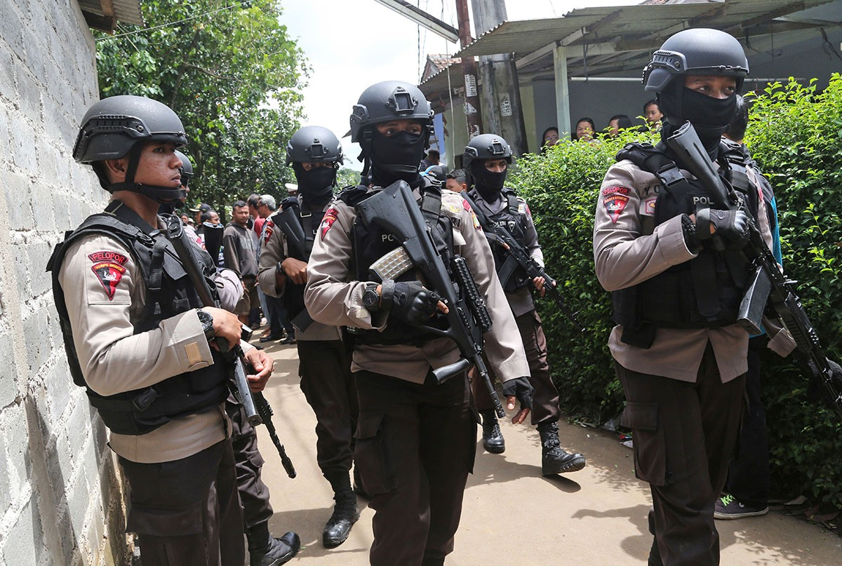 Indonesian militants can 'easily' enter Philippines