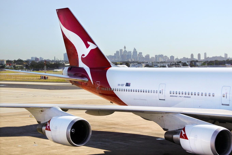 qantas jakarta sydney - photo#2
