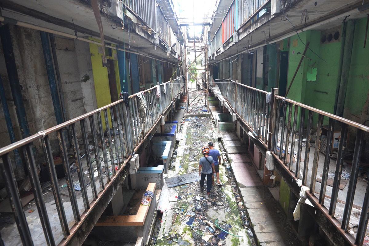 City to renovate 'uninhabitable' subsidized apartment buildings