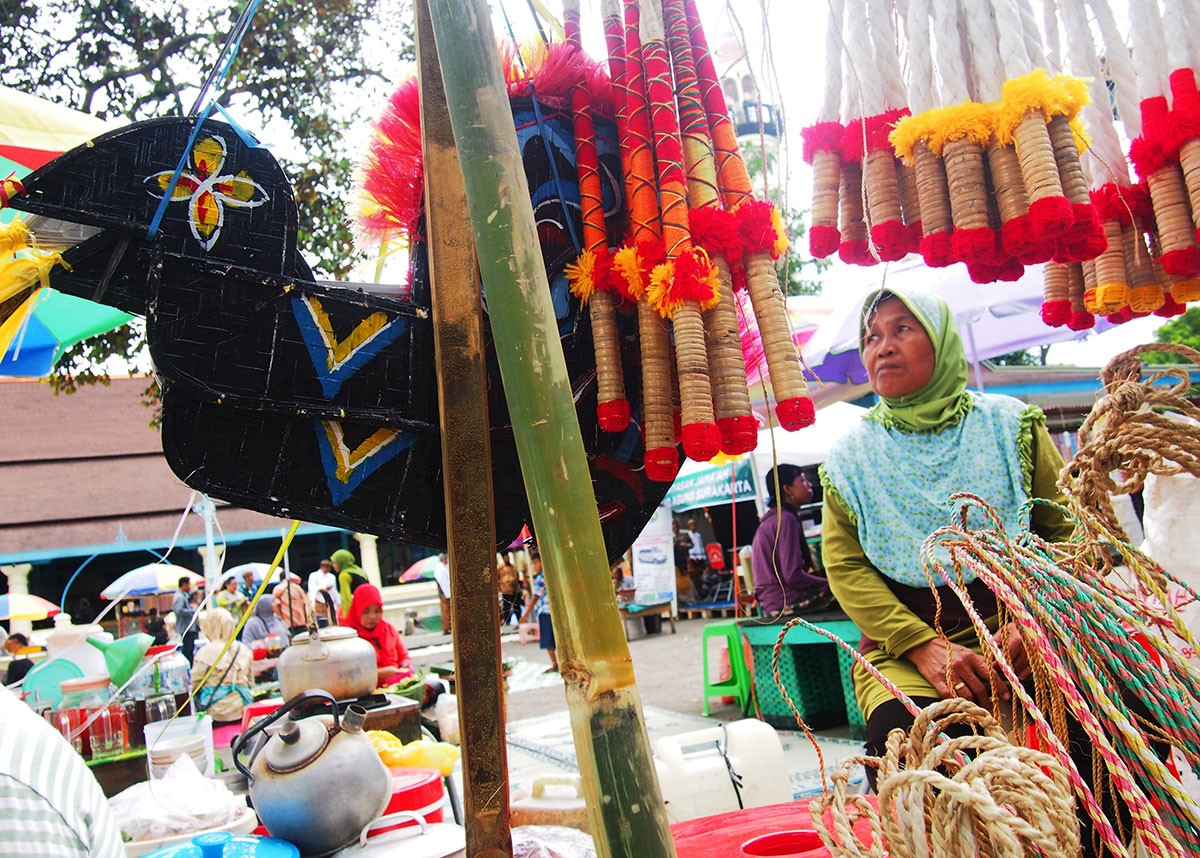 Visitors can find kuda lumping, or dancing horse effigies, and whips, traditional toys that local vendors always sell during Sekaten. JP/Ganug Nugroho Adi
