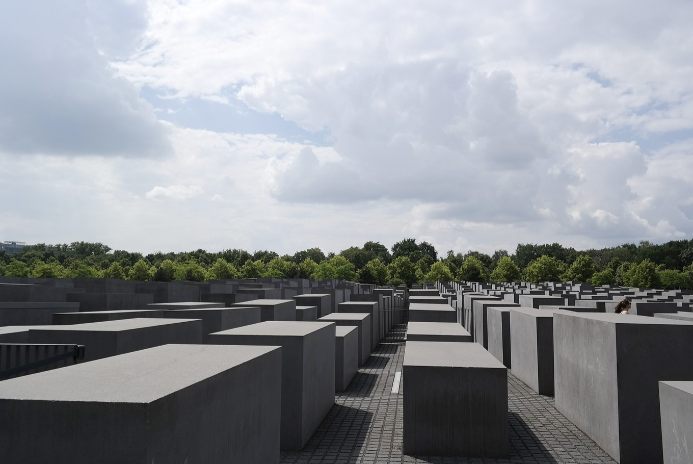 Facebook must adhere to German Holocaust denial laws, says Berlin