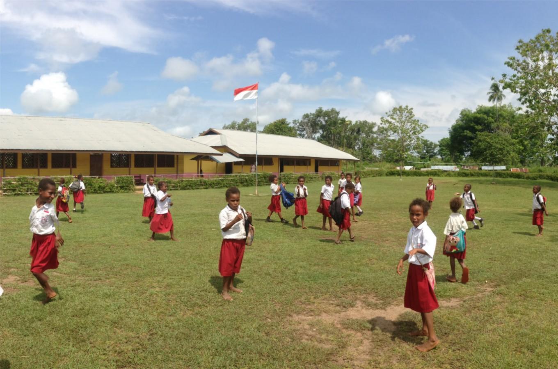 More teaching volunteers needed in Indonesia's rural, remote schools