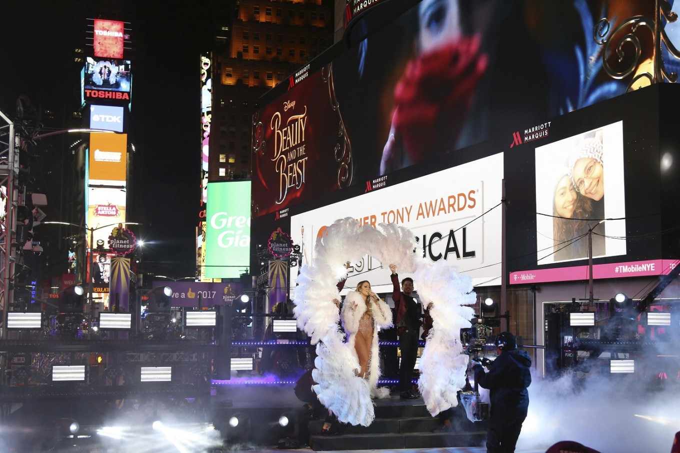 'Mortified' Mariah Carey discusses 'horrible New Year's Eve'