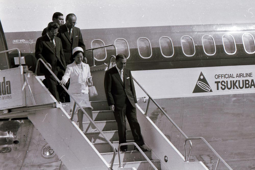 Then Japanese prime minister Yasuhiro Nakasone and his wife Tsutako Nakasone arrive in Jakarta on April 30, 1983. JP/Alex Lumy