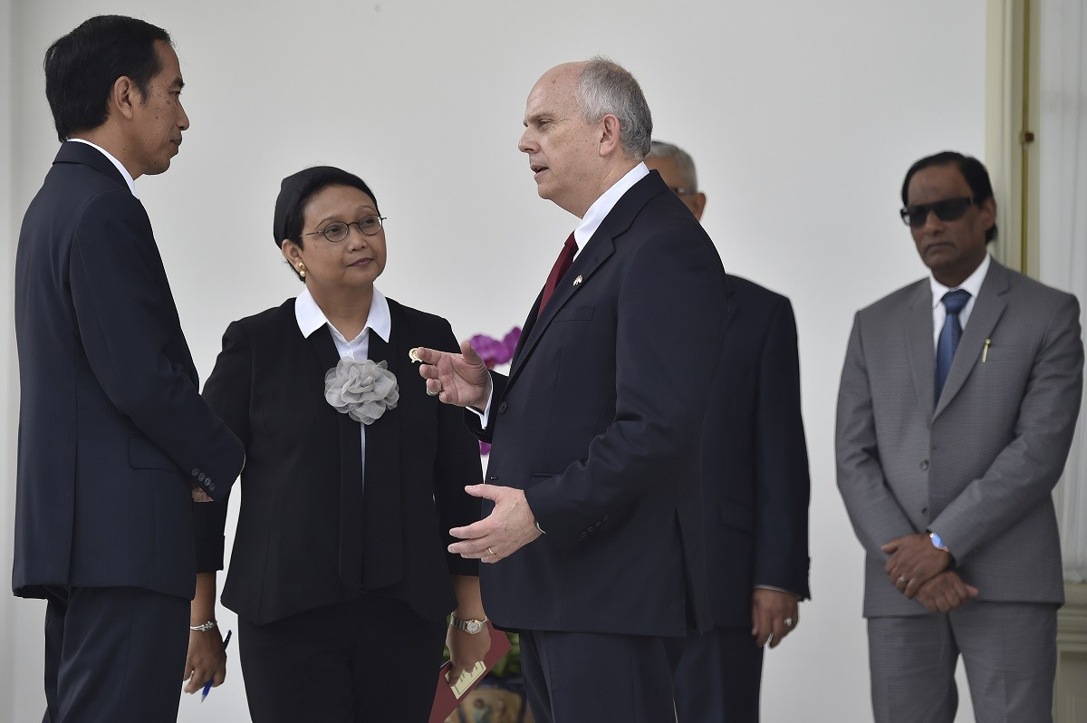 Eight ambassadors submit letters of credence to Jokowi