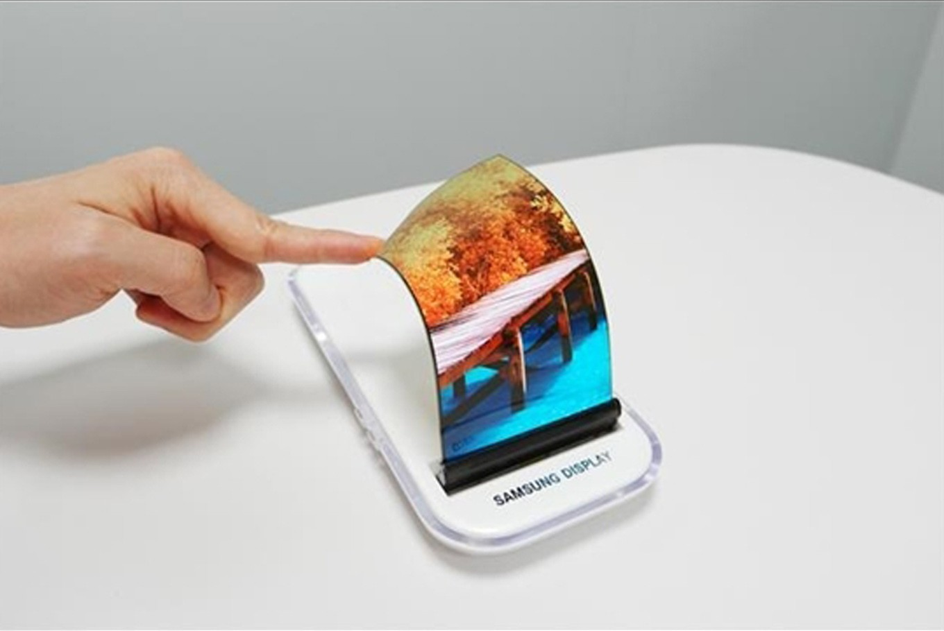 Samsung likely to unveil foldable phones in Q3: source