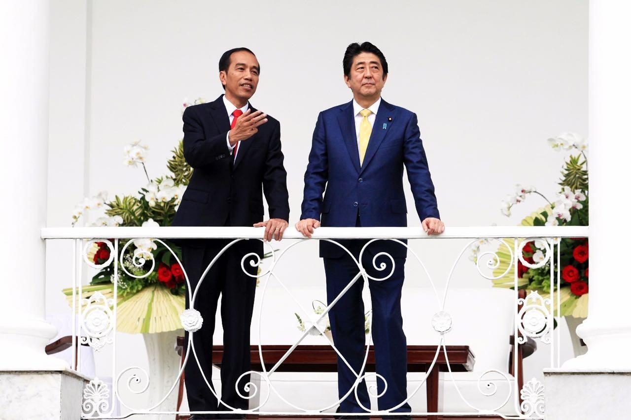 Jokowi, Abe pledge to strengthen bilateral ties