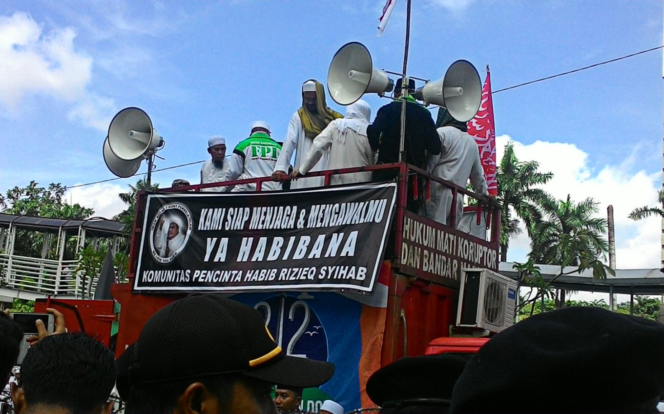 FPI leader denies allegations of provoking public unrest with communism symbol claim
