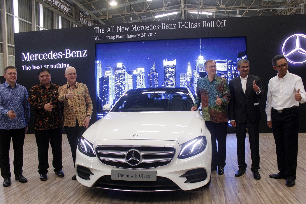 Mercedes Benz Hopes To Keep Market Share By Assembling Cars Locally