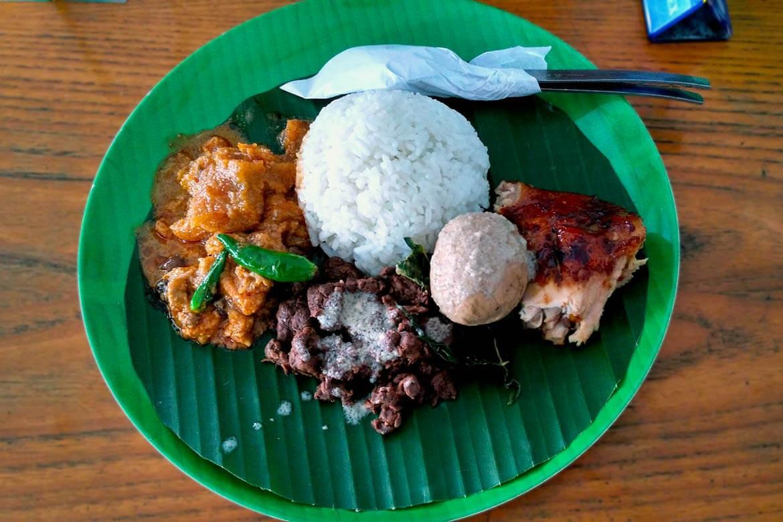 Royal 'gudeg' recipe attracts many in South Jakarta