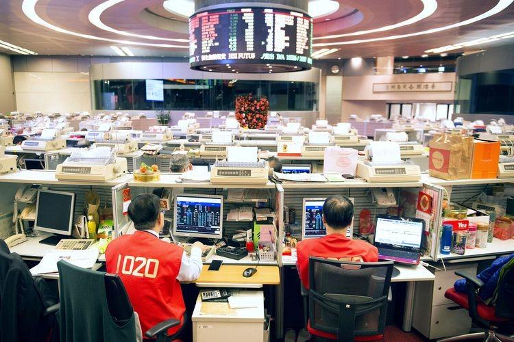 Asian stocks fall after yen climbs on haven demand: Markets wrap