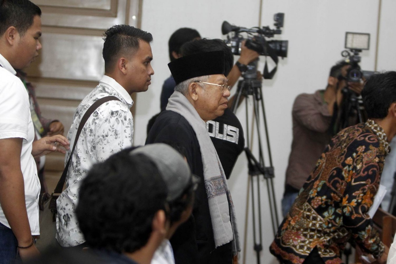 Ma'ruf Amin says he regrets testifying against Ahok