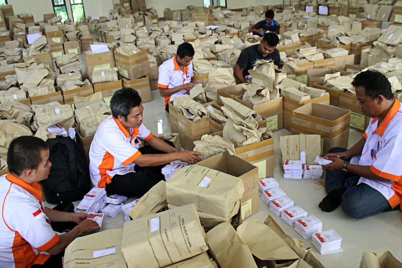 KPU fixing inaccurate Bekasi voter list