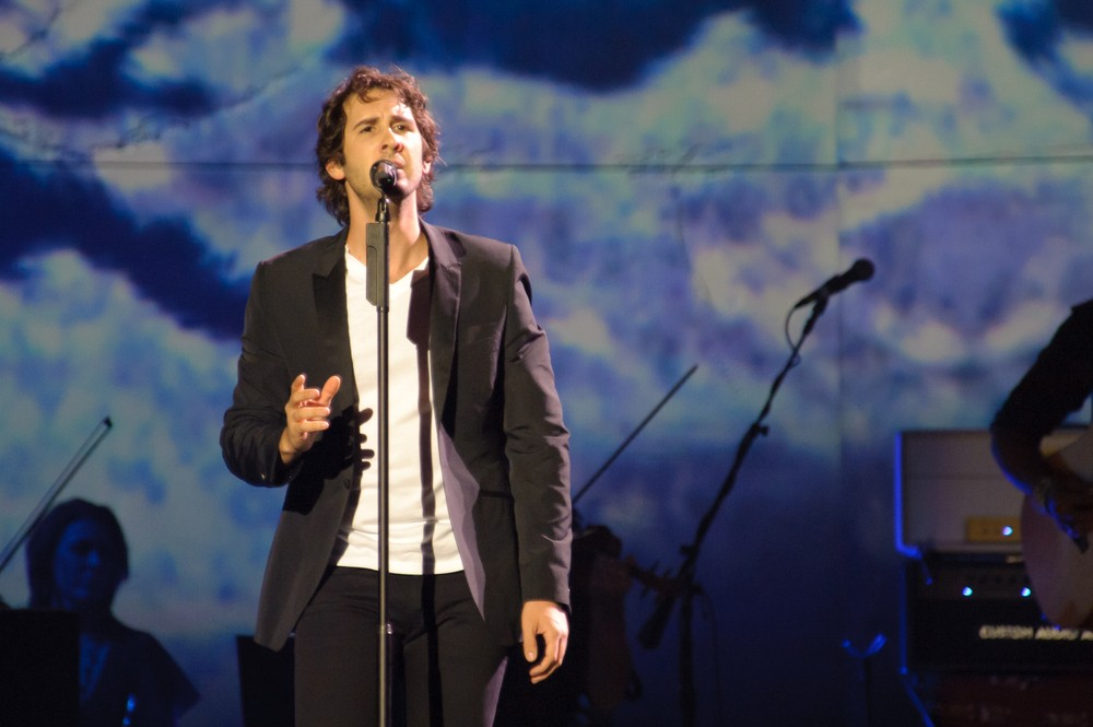 Josh Groban records new song for 'Beauty and the Beast'