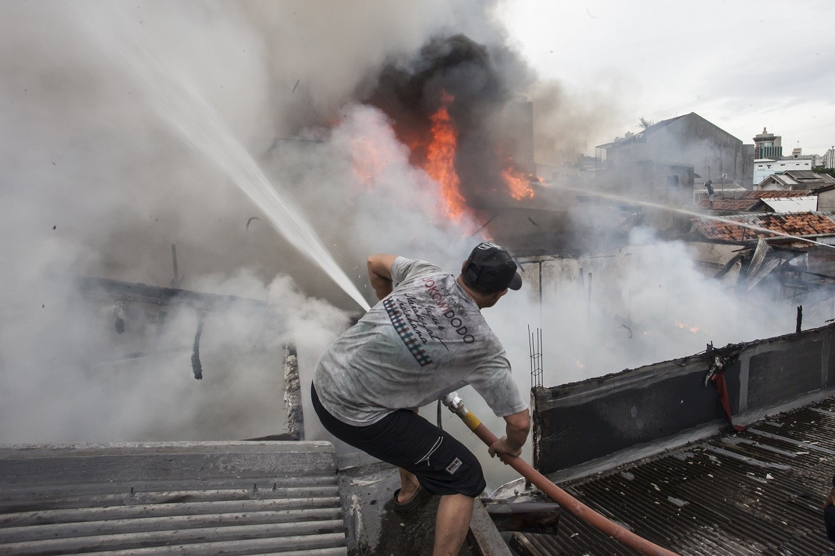 250 victims of Central Jakarta fire receive aid