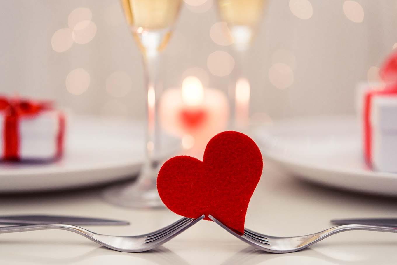 Fesselnd Planning A Romantic Dinner On Valentineu0027s