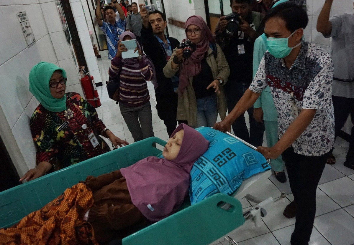 Sragen woman who has severe body stiffness to get special bed