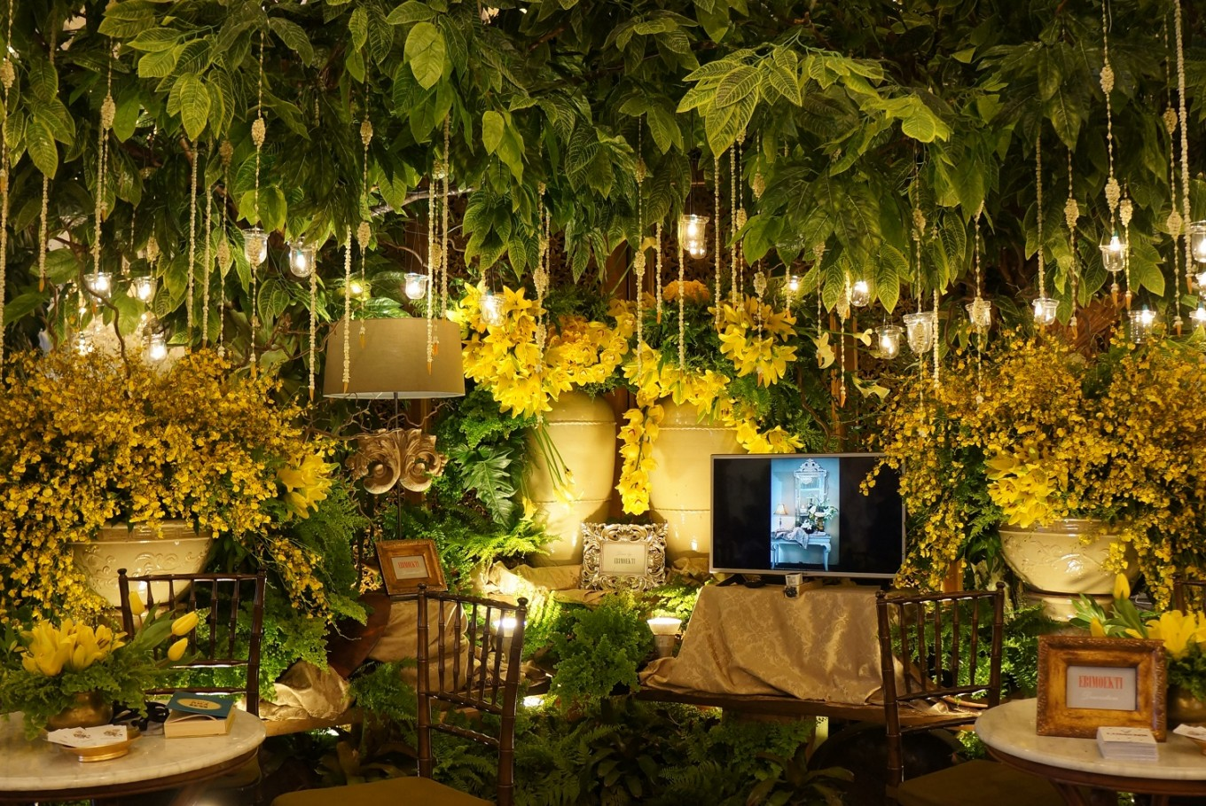 2017 bridestory fair lures visitors with minimalist and effortless 2017 bridestory fair lures visitors with minimalist and effortless wedding themes junglespirit Gallery