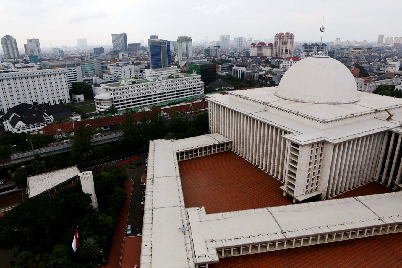 Riau Islands officials instructed to use fingerprint sign-in system before entering mosques