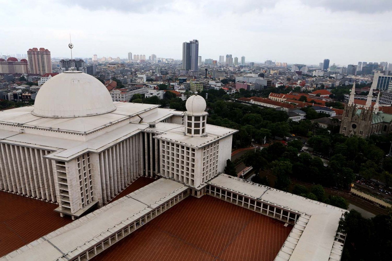 Jakarta Cathedral cancels three morning masses for Idul Fitri prayer