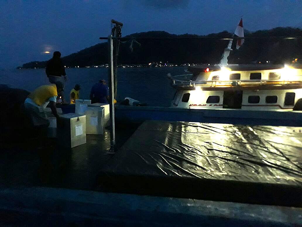 Vessel carrying ballots sinks in Bintan