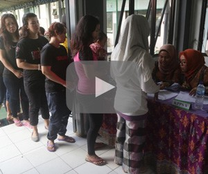 Hundreds of inmates at Pondok Bambu Women's Penitentiary cast their votes