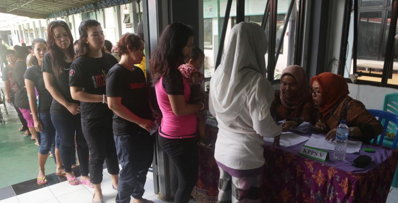 Hundreds of inmates at Pondok Bambu Women's Penitentiary cast their votes